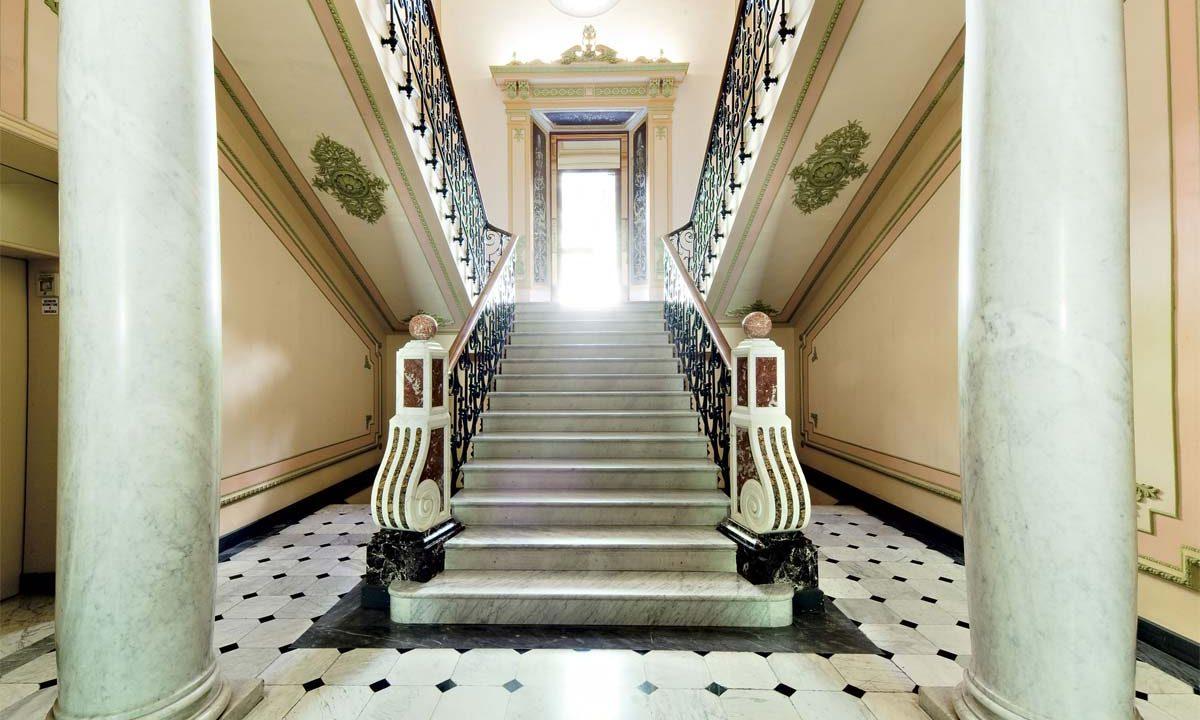 1 Villa (entrance hall) (3)